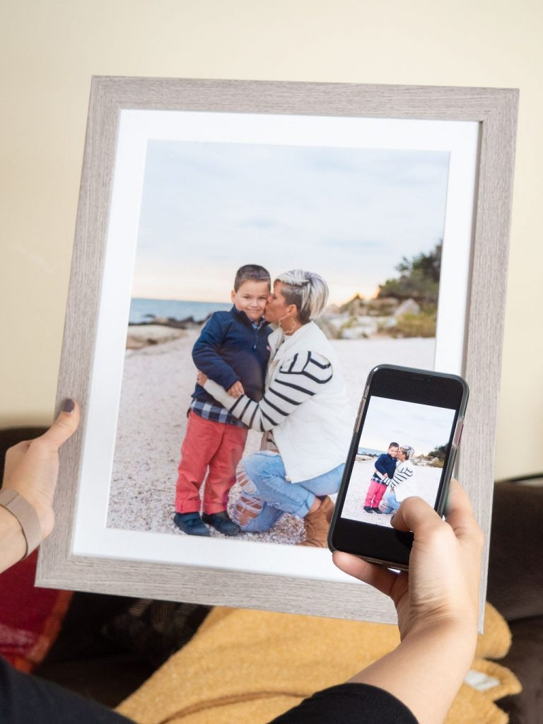Frame digital photos from your phone