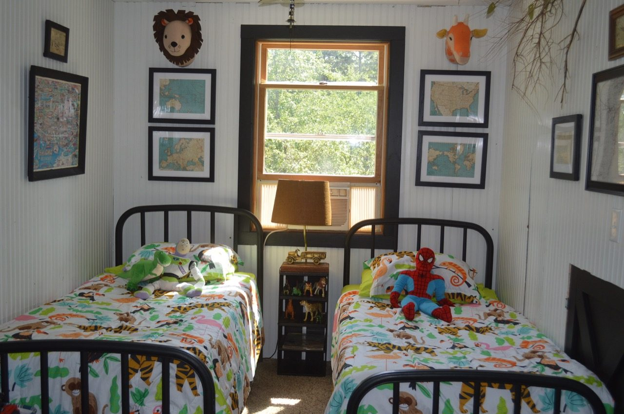 Kids bedroom for two