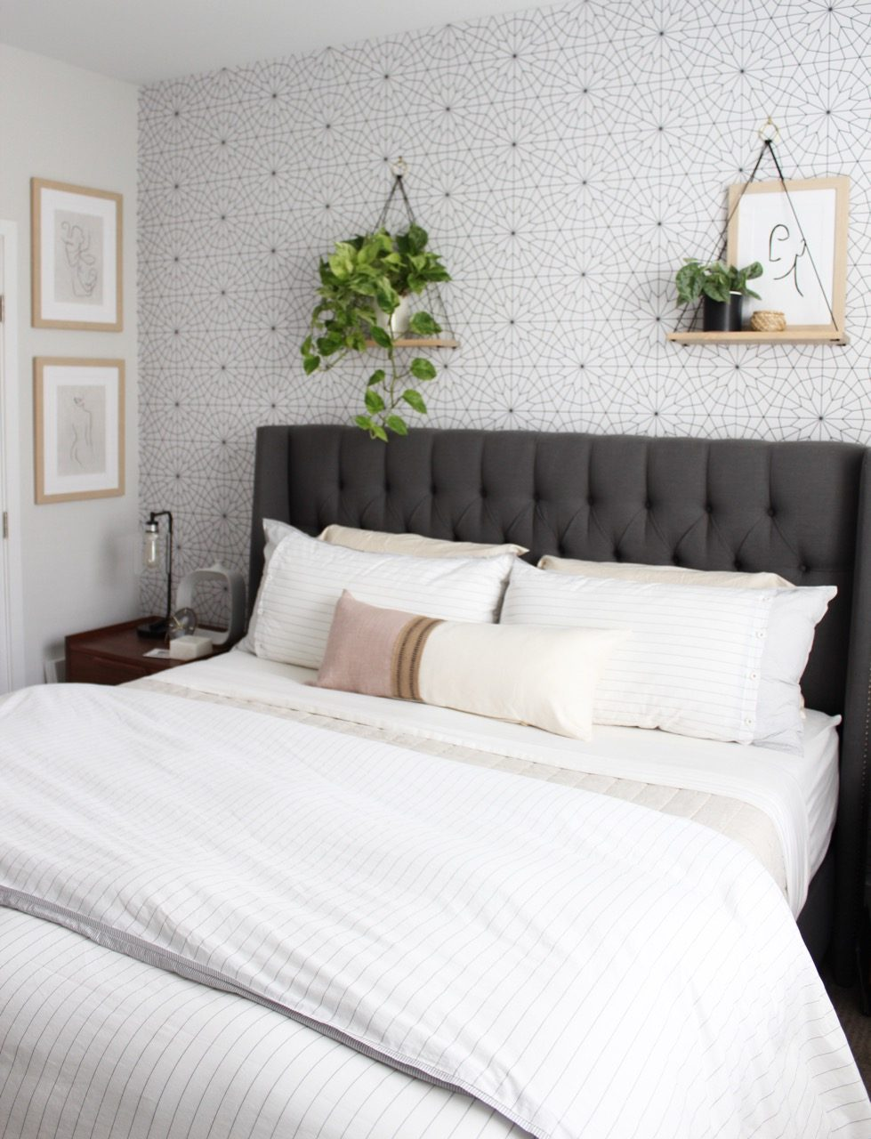 simple bedding and decorations