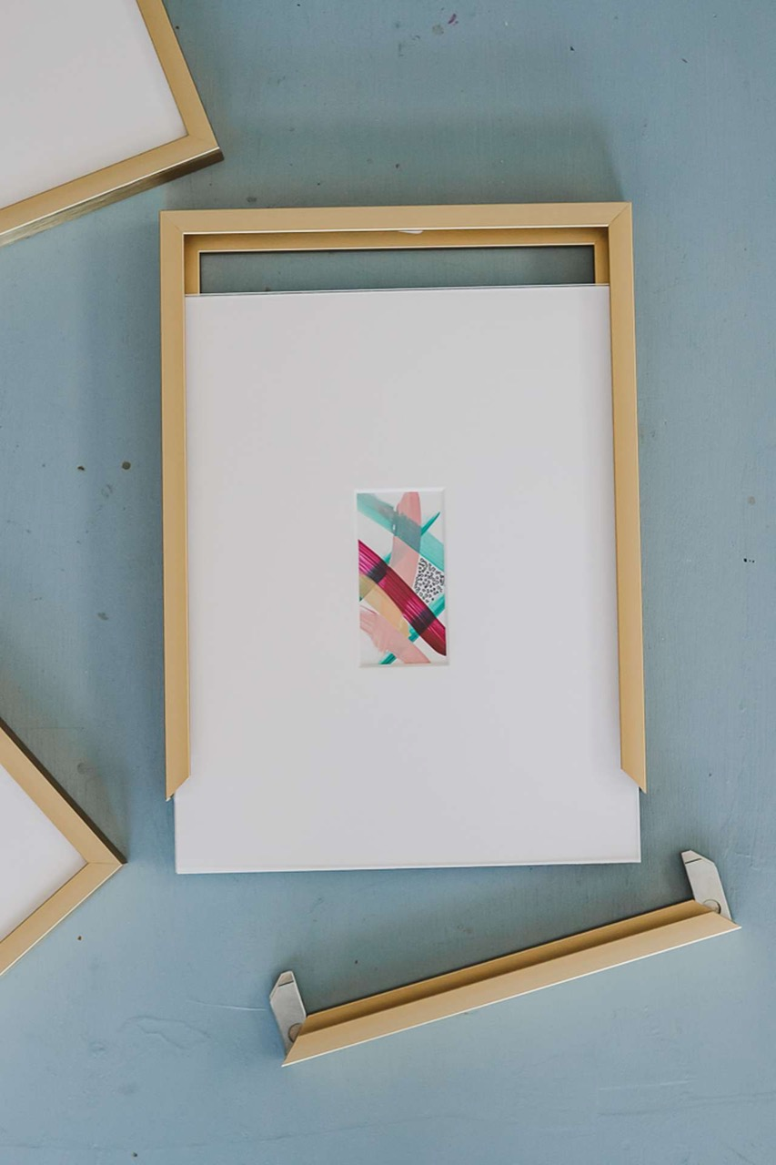 inside size of frame with matting