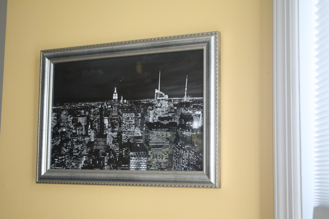 New York Skyline in silver wood frame