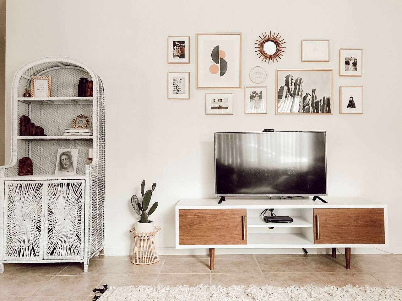 gallery wall over TV