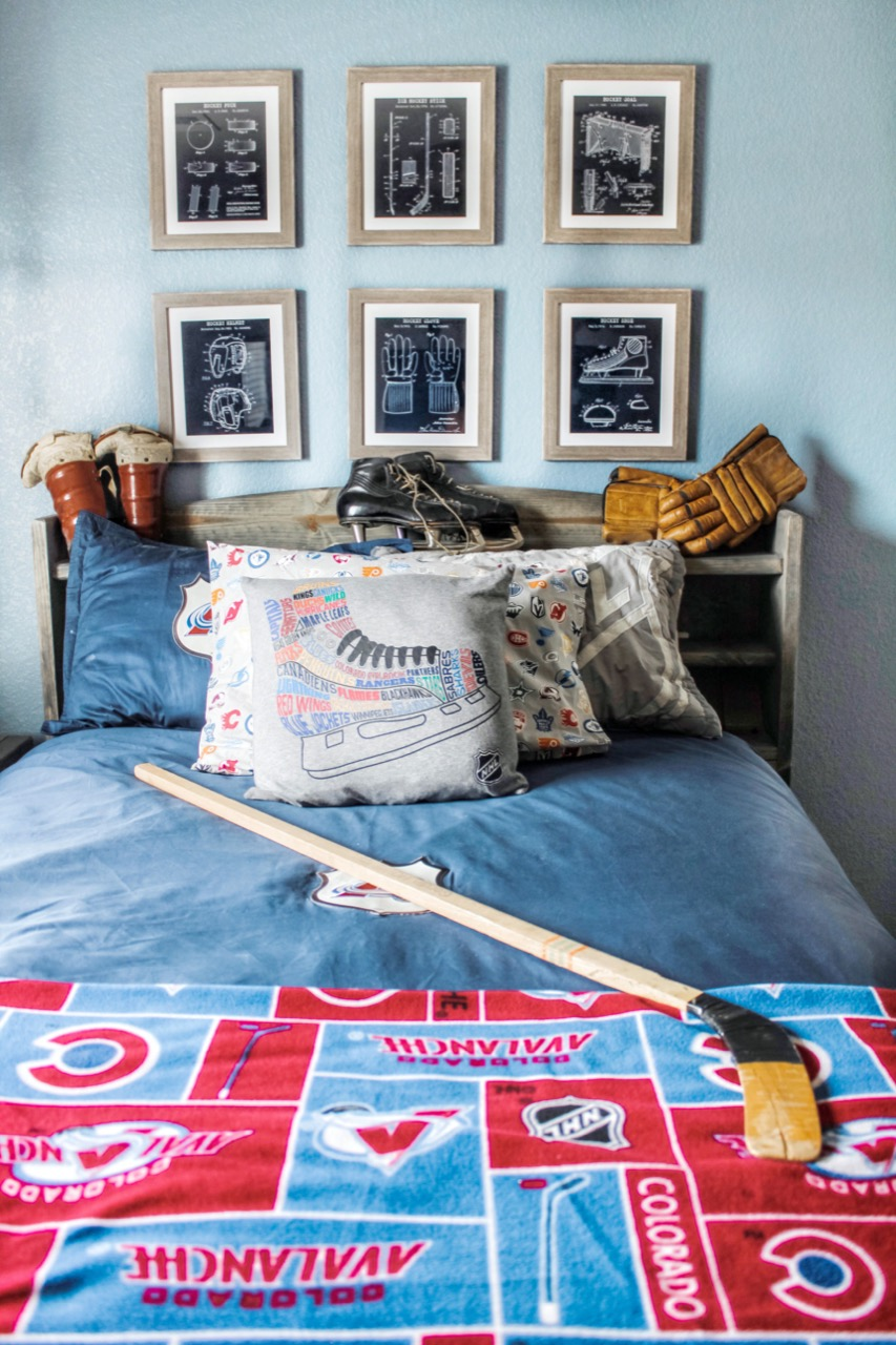 sports decor in bedroom