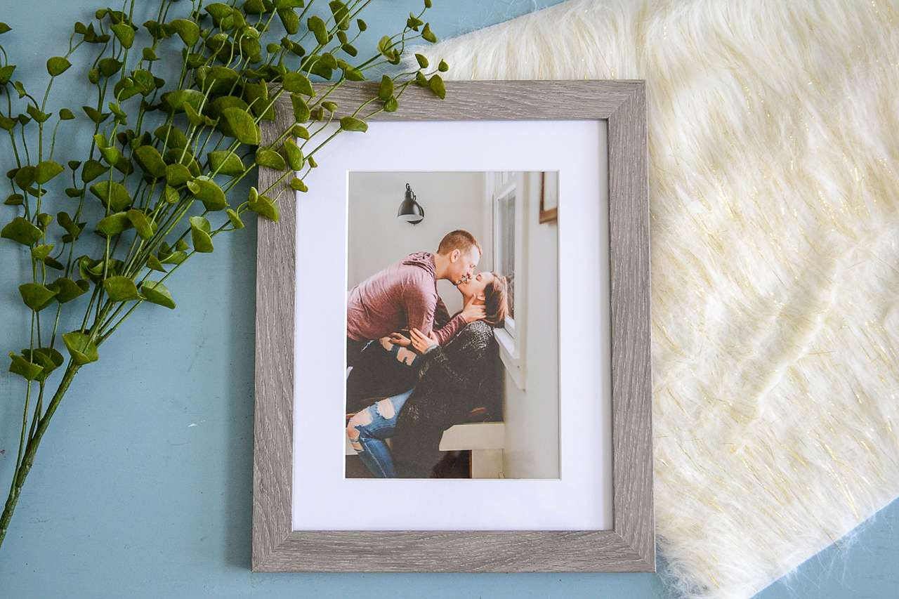 wood frame with white matboard